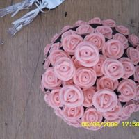 Black & Peach Wedding Cake Top of the cake looked like a bouquet of flowers!