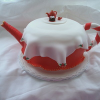 Cosy Tea Pot Cake