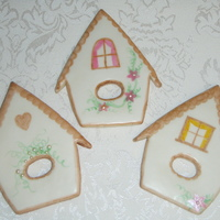 Birdhouse i had to make them after seeing them here on cc (by momsandraven - i loved the birds too!)