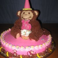 Monkey On Top 3-d monkey with 12 inch round cake