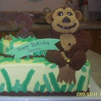 Monkey Cake Monkey is made out of rice krispie treats and iced with buttercream icing.