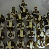 Horse Cupcakes  Cupcakes with buttercream icing. Horses are made from Modeling Chocolate with chocolate chip hooves and icing mane/eyes. My first 3-D...