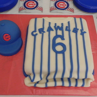 Go Cubs   grooms cake for my friends new hubby :)