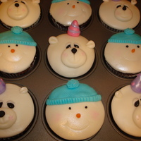Winter Birthday Cupcakes These cupcakes were for my daughter's kindergarden class to celebrate her 5th birthday. I suggested snowmen and teddy bear cupcakes...