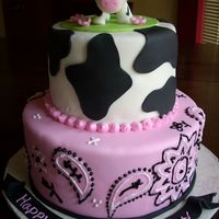 Cow Cake This was made for a 1st birthday party. I made a small smash cake for the birthday girl.