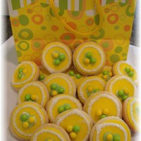 Sugar Cookies Wanted to try out a new sugar cookie recipe and this gift bag inspired the decorations.White chocolate under the yellow fondant disk,...