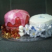 Fondant Vs Bc Candles the red cake is a french vanilla with white choc bc filling and crumb coat. covered in MMF and airbrushed. fondant was being testy that...
