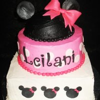 Pink Minnie Mouse   hmm. not sure where i put the smash cake pic. oh well.