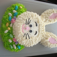 Easter Bunny   I made two of these for different family Easter get togethers. Fun and easy!