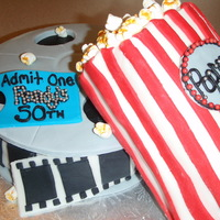 Movie Reel & Popcorn Fun cake to make! Fondant