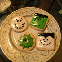 Happy Halloween! ;] I wish I could remember who inspired the square cookies, they were in the top saved one day and I saw them and knew I wanted to try them....