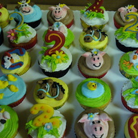 Barnyard Theme Cupcakes Cupcakes with buttercream icing with various farm animals