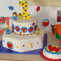 Wonder Pets Buttercream cakes with fondant accents
