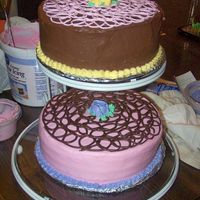 Floating Cake I am not good at stacked cakes, They always seem to sink or shift and aggghhh just a mess, this is a great answer!