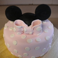 A Minnie Mouse Cake For Ella My second time using jennifer Dontz's fondant recipe and I love dit even more than before if that is possible. I rollled it super thin...