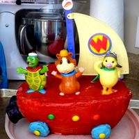 Wonder Pets  I wasn't too thrilled with the way this turned out but my daughter LOVED it and that's really all that matters in the end. 3 days...