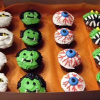 Halloween Cupcakes   Hallowen Cupcakes made from all BC.