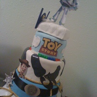 4 Tier Toy Story Kake With Bed