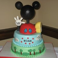 Mickey Mouse Clubhouse Theme This cake was inspired by a similar cake that 'Goonergirl' has made. Thanks to Goonergirl for being patient with my questions!...