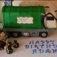 Elevated 3D Garbage Truck This is my son's cake for his 4th birthday. He is obsessed with garbage trucks, so it was natural to do this. I want to point out that...