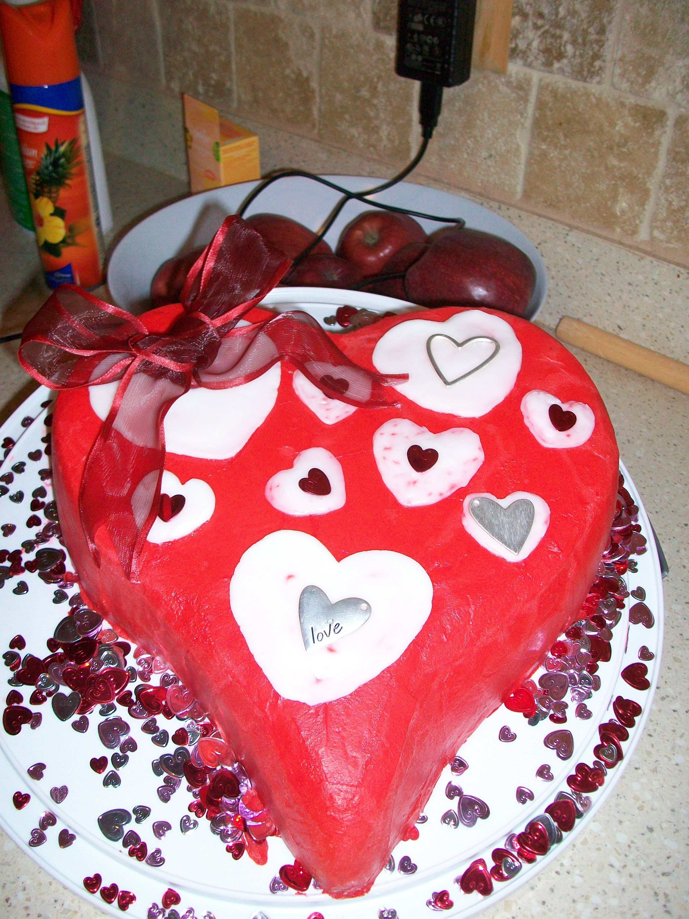 Heart Cake Buttercream icing with buttercream hearts, wire ribbon for bow