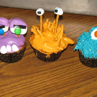 Monsters Made these cupcakes for my son's preschool class for Halloween!