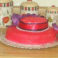 First Red Hat these is mine first Red Hat cake............it was practice I have to do the real one on Sat.........Please any adive would help.............