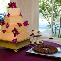 Off-Set Square Wedding Cake With Fresh Flowers Love the flowers they provided for this cake!