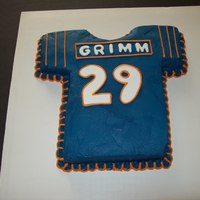 Football Jersey just a last minute cake for a Chicago Bears fan! TFL