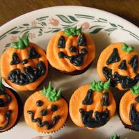Pumpkins Mini pumpkin cuppies.