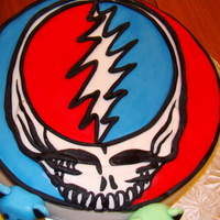 Grateful Dead sponge cake, covered with fondant