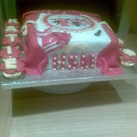 High School Musical Cake this was made for a friend of my daughters for her little girl. She loves high school musical.