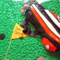 Golf Bag For my hubby. Snickers filling with a chocolate cake.