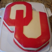 Boomer Sooner OU cake. White with vanilla buttercream and fondant.