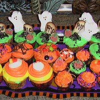 Assorted Halloween Cupcakes I made these for a kids Halloween Party