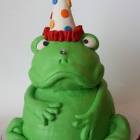 Frog Cake He came out a little grumpier than I would have liked...i think the fly on his nose is upsetting him!! ;)