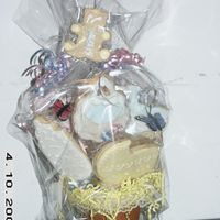 Basket Of Cookies   baby shower basket of cookies
