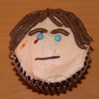 Anakin Skywalker My son loves Star Wars and wanted Star Wars cupcakes for his class on his birthday. I made 2 of the characters from Star Wars the Clone...