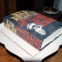 Book Cake 'the Pillars Of The Earth'