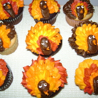 Turkey Cupcakes  Thanks to everyone on CC for their ideas. These were choc. and vanilla cupcakes. I took them to work and they were such a big hit. I...
