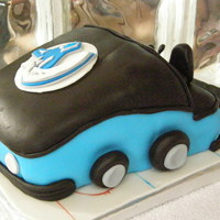 Canucks Zamboni Fondant covered cake with fondant details. TFL!