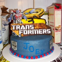 Transformers BC frosting( defiantly a learning experience...i was limited on time and supplies)but my son loved it