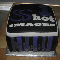 1 Shot Images my first square cake, it was a disaster!!!