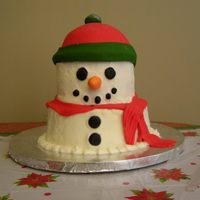 Snowman Cake I brought this cake to our company's potluck - inspired by many great ones on CC! My co-workers thought it was very cute and didn&#039...