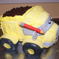 Construction Pals Truck This is a construction pals dump truck influenced by mandyscakesandcandys dump truck. It is my practice cake for my son's upcoming...
