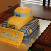 Construction Pals Bulldozer This is a cake I made for a friend's son's 5th Birthday. It is chocolate cake with MMF. I made a similar dump truck cake for my...