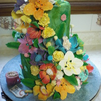 Alice In Wonderland Flowers Cake