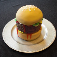 Hamburger Cake Hamburger cake for an Uncle's birthday; not as difficult to make as I would have expected :)