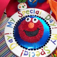 Hey Ho, Elmo And The Rest Of The Sesame Street Gang The mother wanted an Elmo smash cake for her 1yr old's birthday. I did Cookie Monster, Oscar, Big Bird and Ernie in cupcakes for the...