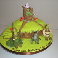 Shreks House shrek and friends all made of icing xx